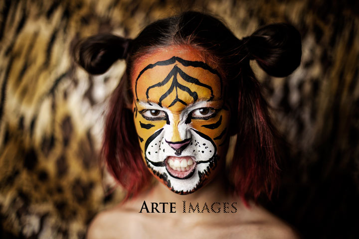 Giselle-Tiger-Face